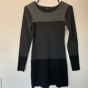 AGB Long sleeved Sweater Size Medium